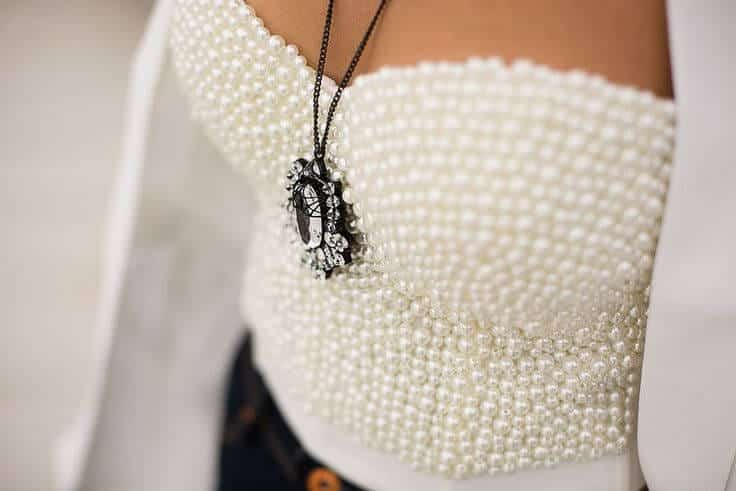 6-6 Style Guide: 7 Creative Ways to Wear Pearls