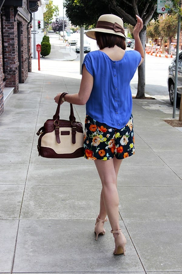 FLORAL-44 Outfits with Floral Shorts - 40 Ways to Style Floral Shorts