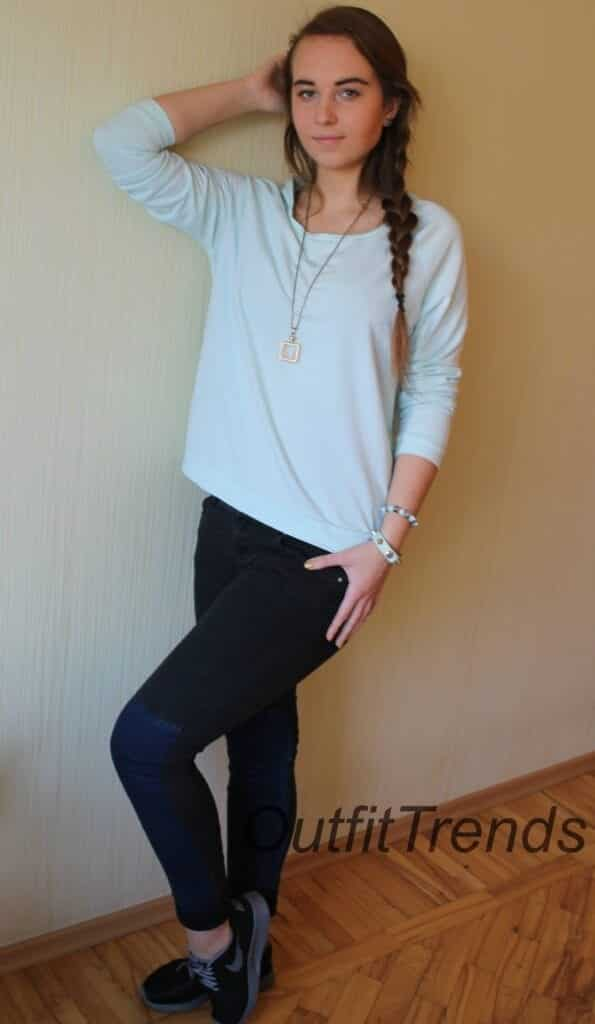Sporty4-595x1024 How to Look Cute in a Casual Outfit - Fashion Tips for Teens