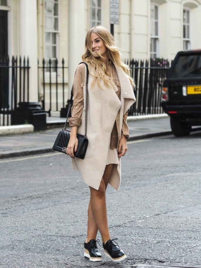 shearling-coats-20 Women Outfits with Shearling Coats-19 Ways to Wear Stylishly