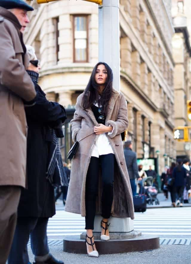 shearling-coats-9 Women Outfits with Shearling Coats-19 Ways to Wear Stylishly