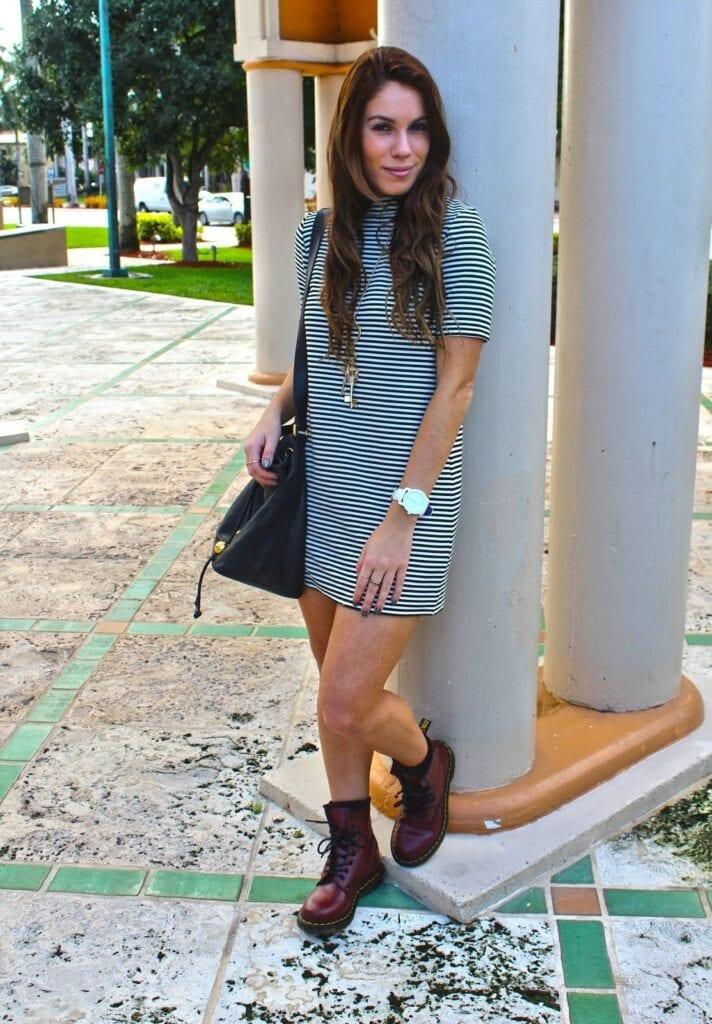 stripes-shirt-dress-outfit-712x1024 Shirt Dress Outfits-27 Ways to Wear Shirt Dress in Different Ways