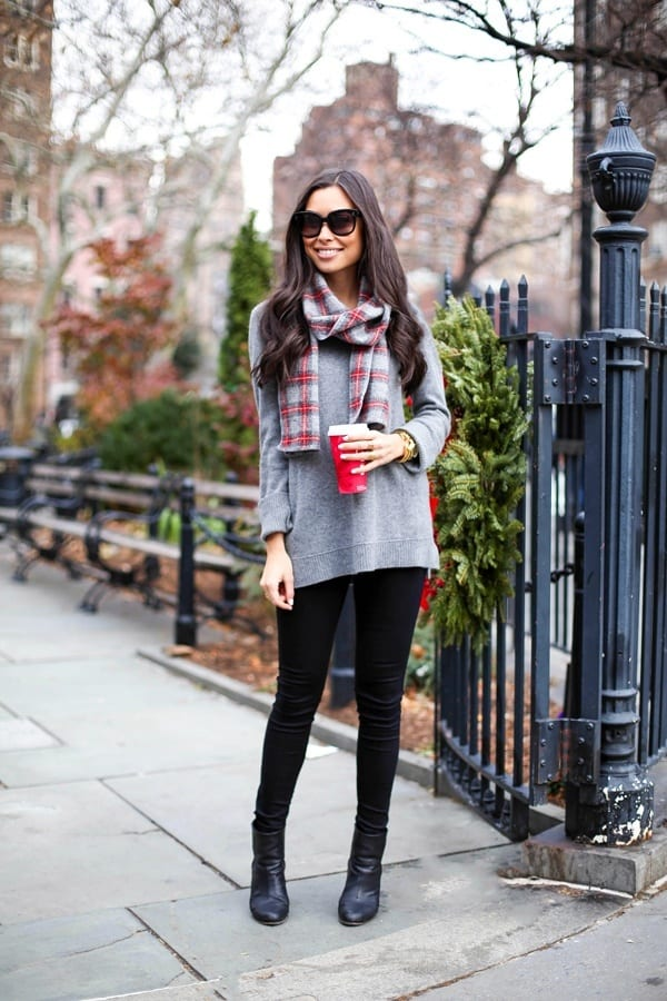 Black-Jeans-Outfits-1 Outfits with Black Jeans-23 Ways to Style Black Denim Pants