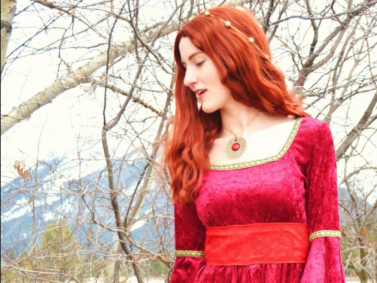 GOT-8 Game of Thrones Outfits-30 Best Costumes from Game of Thrones