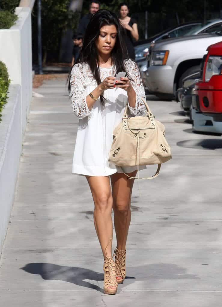 Kourtney-Kardashian-wore-white-minidress-739x1024 How To Wear Mini Dresses? 23 Great Ways To Wear Mini Dresses