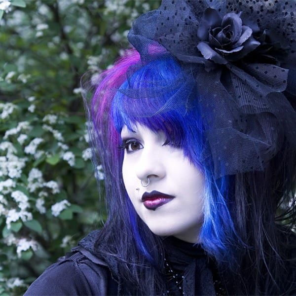 gothic-11 Gothic Hairstyles-20 Best Hairstyles for Gothic Look for Girls