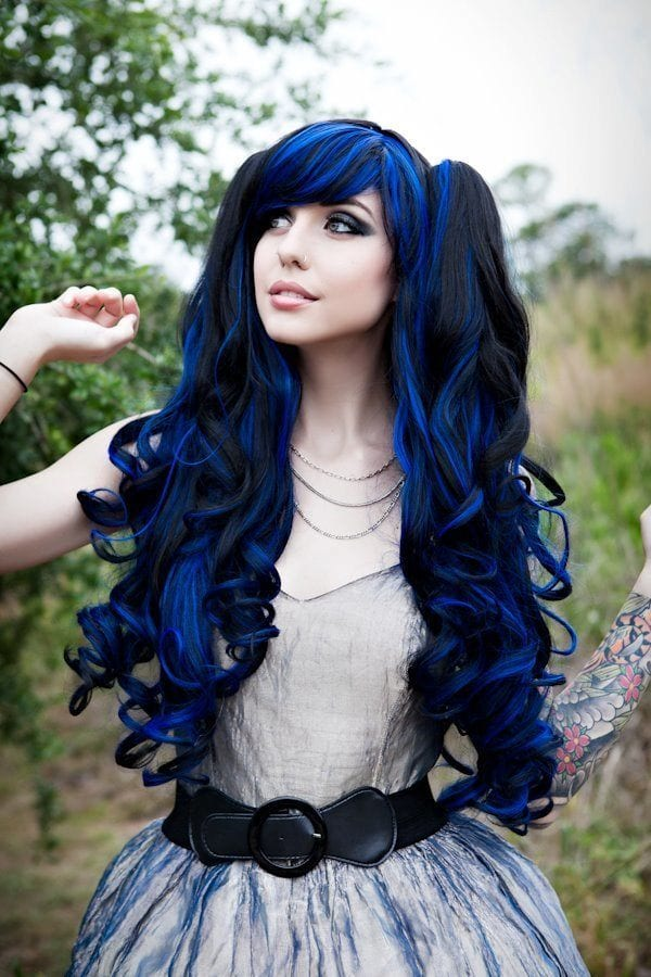 gothic-19 Gothic Hairstyles-20 Best Hairstyles for Gothic Look for Girls