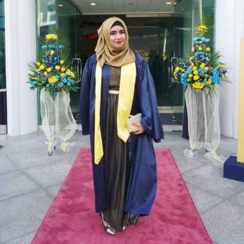 hg11-500x500 Hijab Graduation Outfit-18 Ways to Wear Hijab on Graduation Day