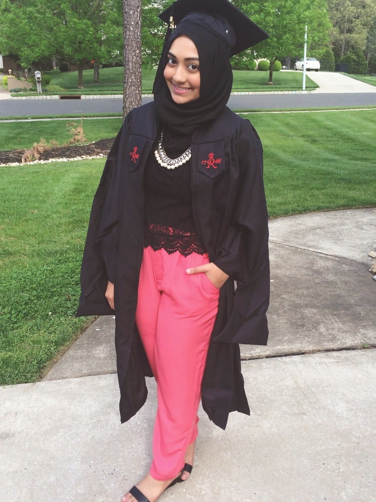 Hijab Graduation Outfit-18 Ways to Wear Hijab on Graduation Day