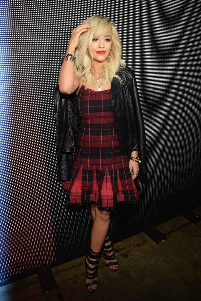 5502af8438389_-_elle-11-grunge-girls-rita-ora-v-683x1024 Grunge Style Clothes-20 Outfit Ideas for Perfect Grunge Look