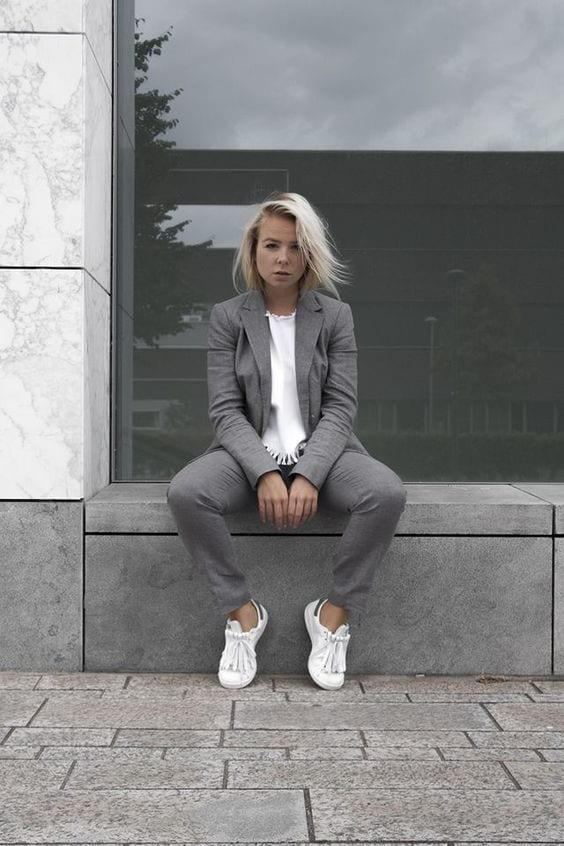 87e03451e55540fe97ebeb7d7876eb1b Womens' Suits With Sneakers - 27 Ways To Style Suits With Sneakers
