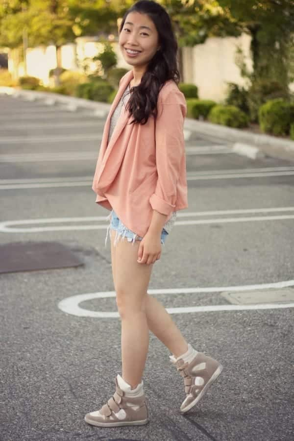 b12 Outfits with Pale Pink Blazers-19 Ways to Wear pink Blazers