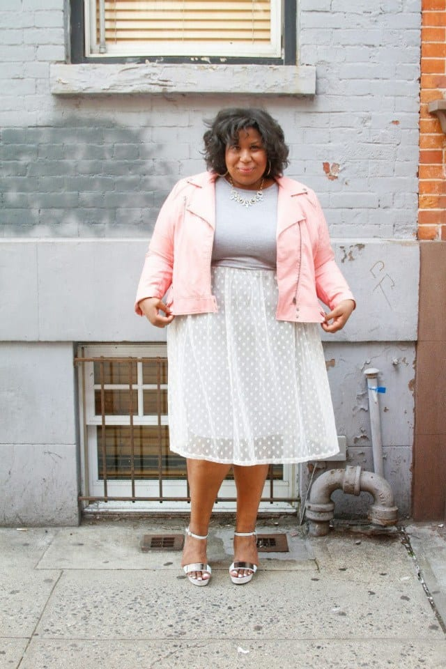 pink-blazer-15 Outfits with Pale Pink Blazers-19 Ways to Wear pink Blazers