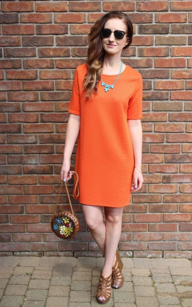 styling-neon-outfit-of-the-week-uk-fashion-blog-642x1024 Neon Outfits for Women-16 Latest Neon Fashion Trends to Follow