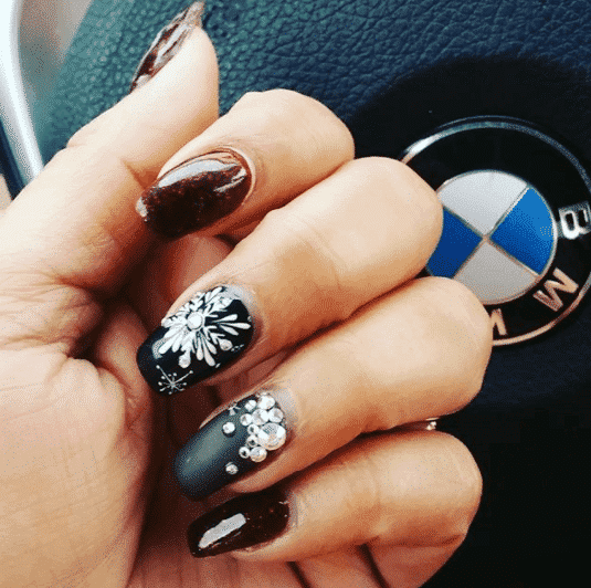 swag-winter-nail-art Winter Nail Art Ideas - 80 Best Nail Designs This Winter
