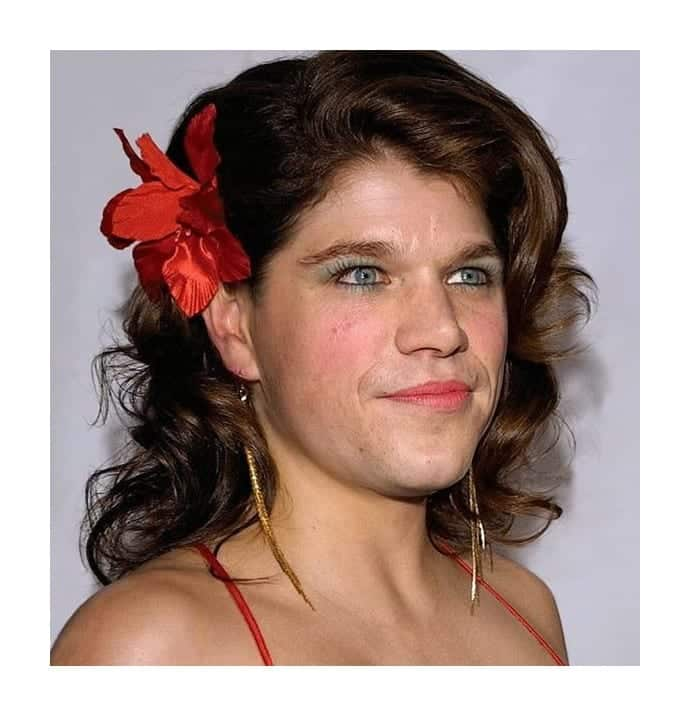w8 How Top Male Celebrities Would Look if They were Women-Check These 25 Men