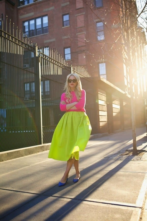 4.-blue-flat-mules-with-yellow-skirt-and-oink-top Outfits With Mules- 25 Ideas How To Wear Mules Shoes