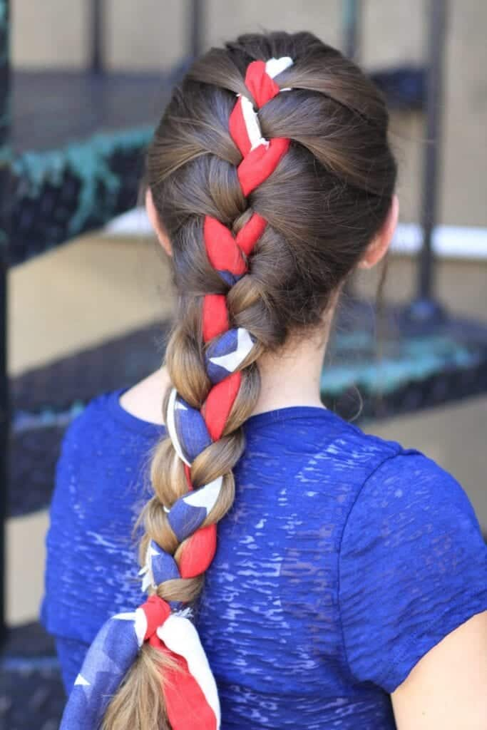 4th-july-hairstyles-683x1024 18 Chic 4th of July Outfits For Plus Size Women 2018