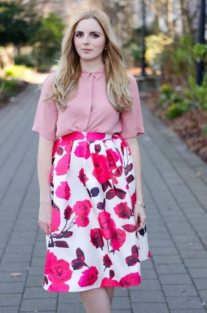 Midi-Skirt-Outfit-Idea-678x1024 20 Ideas How to Style Floral Skirts This Spring/Summer