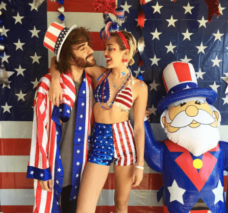Miley Cyrus 4th july outfit