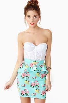ae21e8dde6978b189be446517196a0de 20 Ideas How to Style Floral Skirts This Spring/Summer