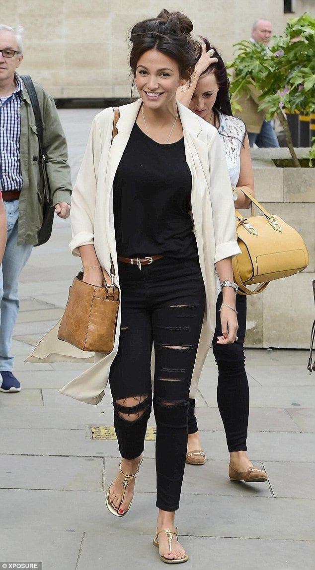 20 Ways To Wear A Blazer For Plus Size Girls - Blazer Outfit Ideas
