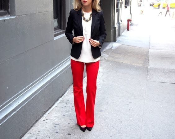 Stylish Outfits With Red Pants (2)