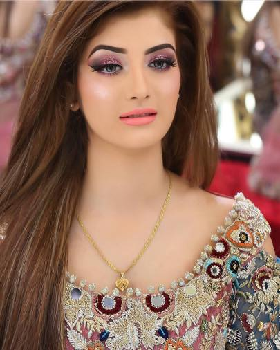 most-beautiful-brides 20 Pakistani Wedding Hairstyles for a Perfect Looking Bride