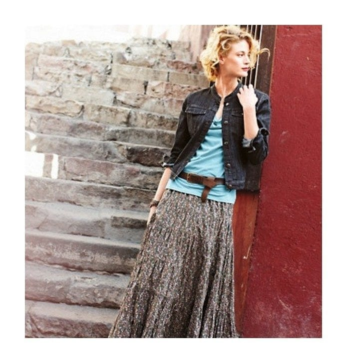peasant-skirt-outfit-ideas-14 Peasant Skirts Outfits-17 Ways to Wear Peasant Skirts Rightly