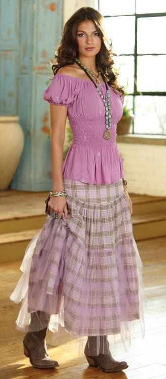 peasant-skirt-outfit-ideas-6 Peasant Skirts Outfits-17 Ways to Wear Peasant Skirts Rightly