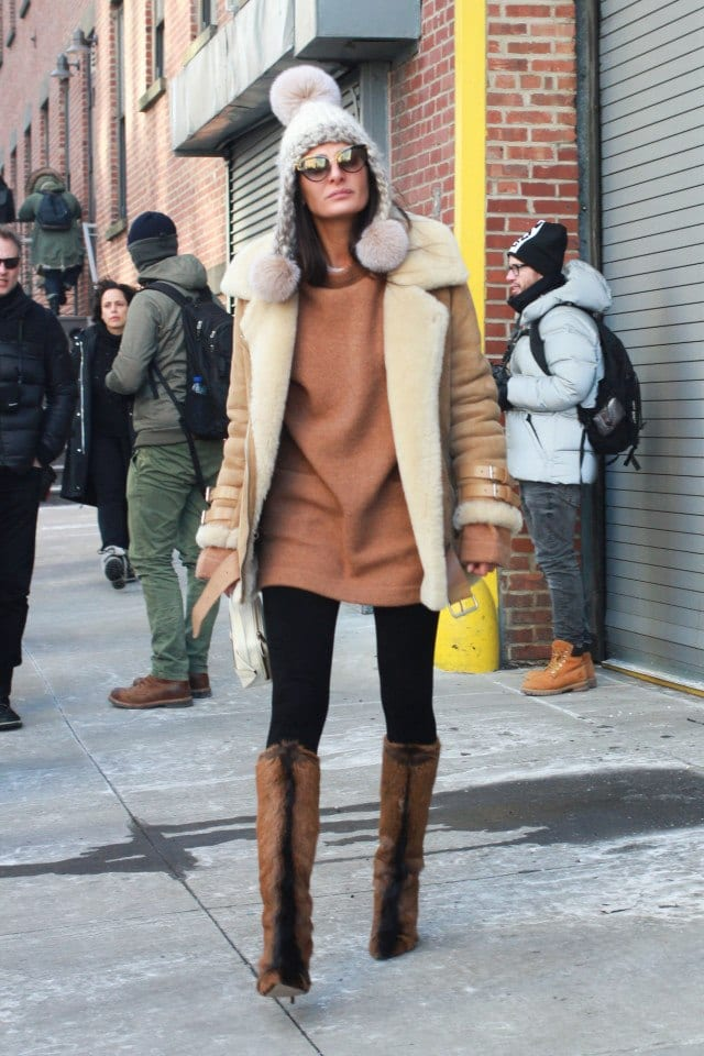 How to wear Shearling Boots - Ideas to wear Dresses with boots (17)