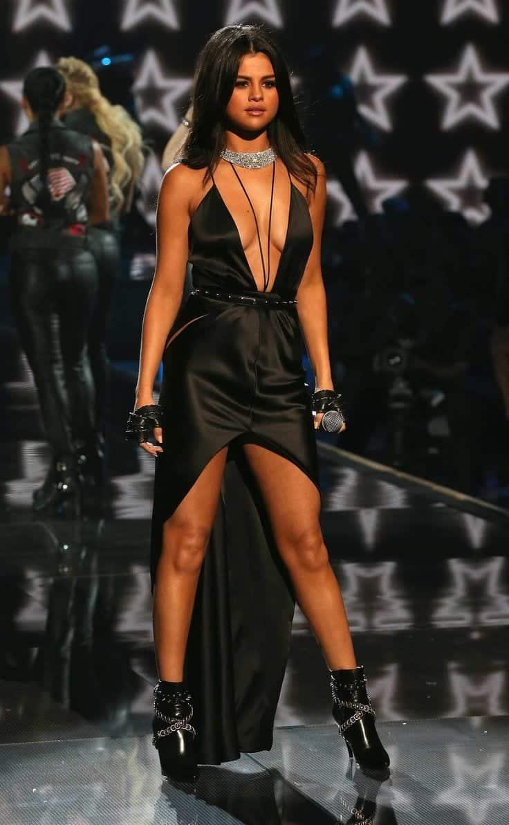 17-1 Rocker Chic Outfits-17 Ways To Dress Like a Rocker Chic
