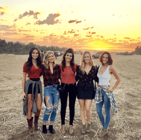 country-concert-outfits-girls Country Concert Outfits For Women - 20 Styles To Try