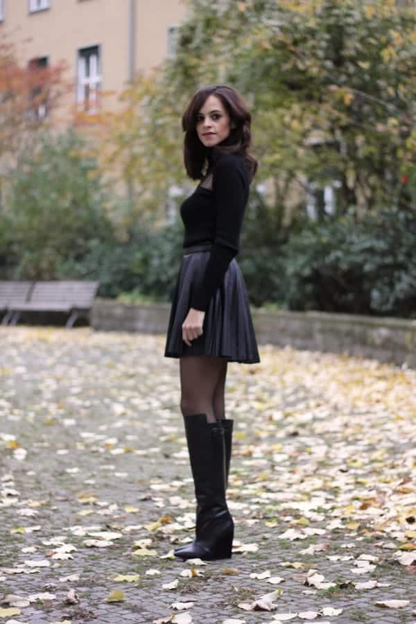 All-black-look-for-fall Autumn Outfit Ideas for Women-50 Ideas How To Dress In Autumn
