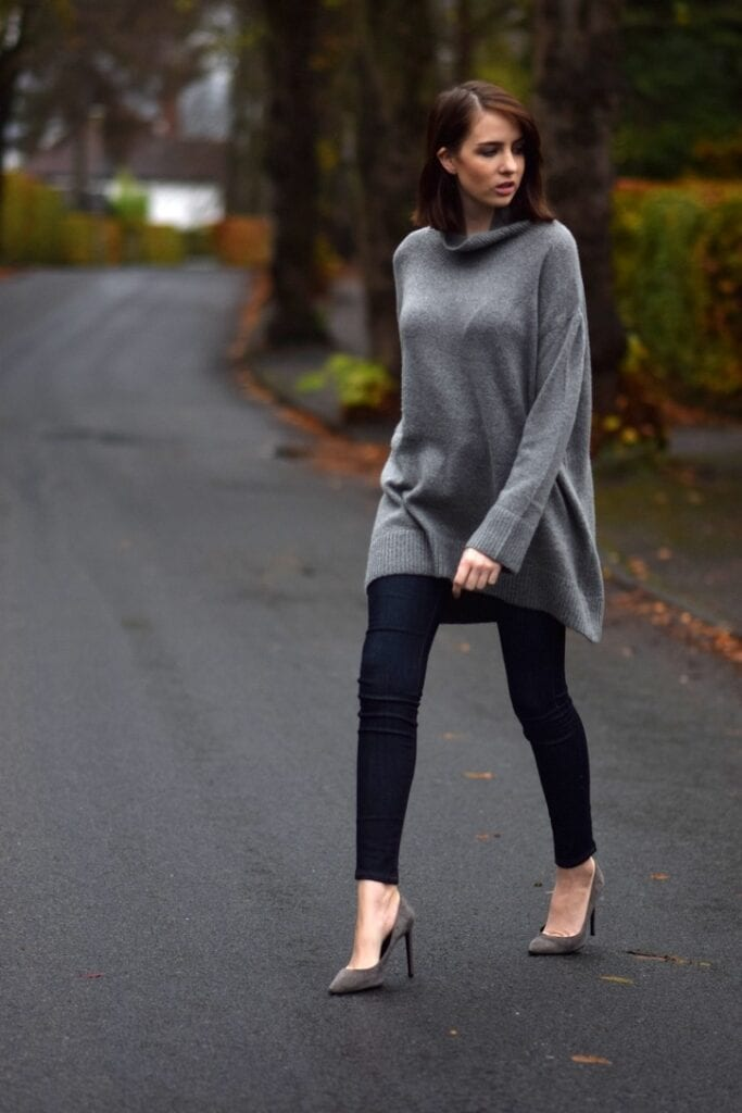 baggy-sweater-with-jeans-683x1024 Autumn Outfit Ideas for Women-50 Ideas How To Dress In Autumn