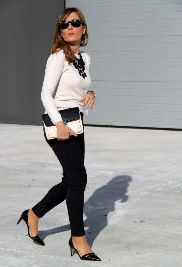 white-and-black-autumn-combination Autumn Outfit Ideas for Women-50 Ideas How To Dress In Autumn