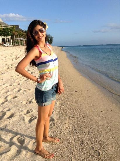 shilpa-shetty-beach-outfit Bollywood Celebrities Beach Outfits-25 Indian Actress Beachwear