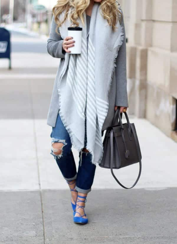 Blue-Lace-Up-Flats-MGEMI-600x826 Outfits with Lace-up Shoes - 18 Ways to Wear Lace-up Shoes