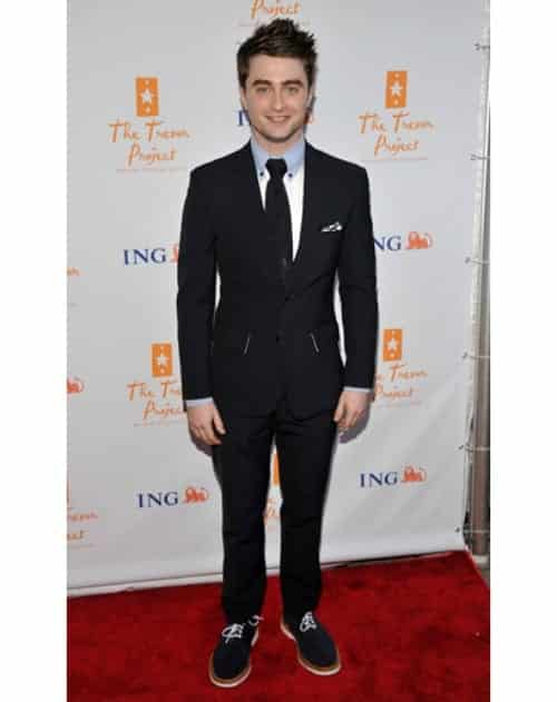 daniel-radcliffe-14 Outfits for Short Height Guys-20 Fashion Tips to Look Taller