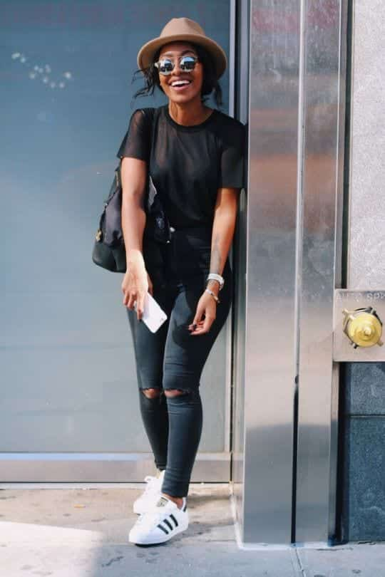cool ways to wear outfits with adidas shoes (26)