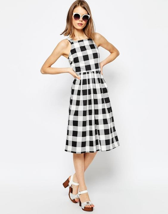 Black-and-White-Checkered-Dress Casual Outfits for Women - 23 Cute Dresses for Casual Look
