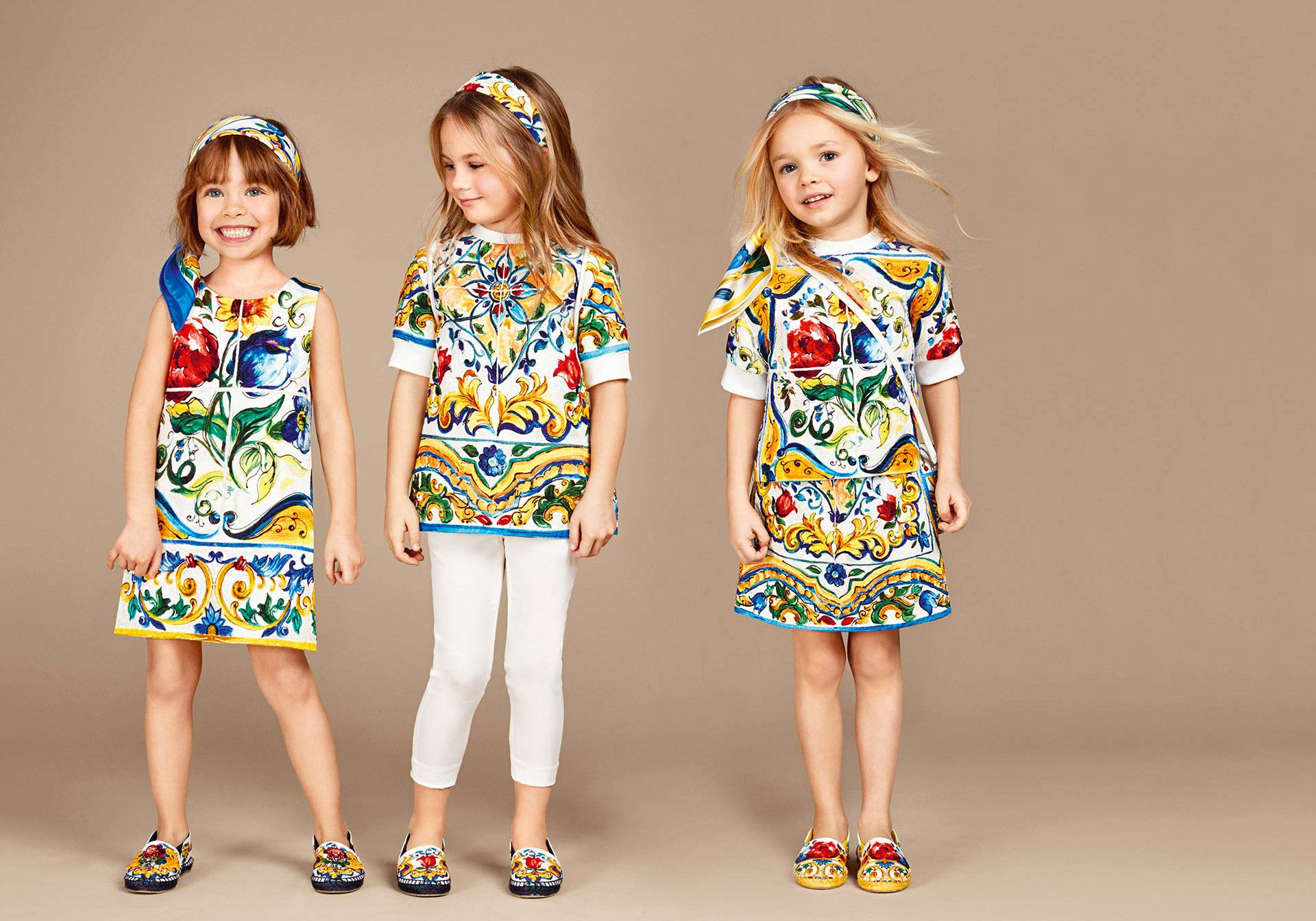 dolce-and-gabbana-winter-2017-child-collection-154 Casual Outfits for Kids-23 Cool Dresses for Baby Casual Style