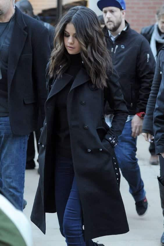 Trench Coat Outfits Women-19 Ways to Wear Trench Coats this Winter (10)