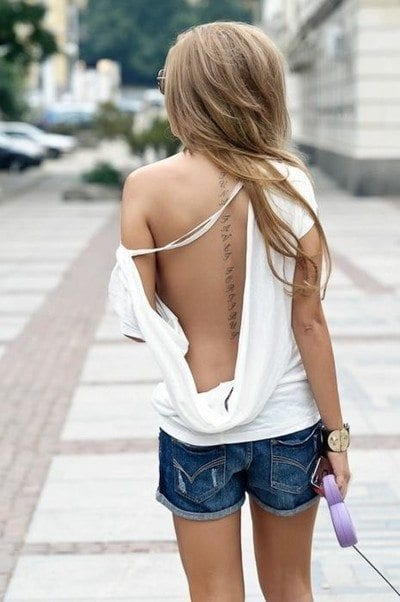 sexy-exposing-t-shirts Outfits Men love on Women-These 20 Outfits Your Man Wants you to Wear