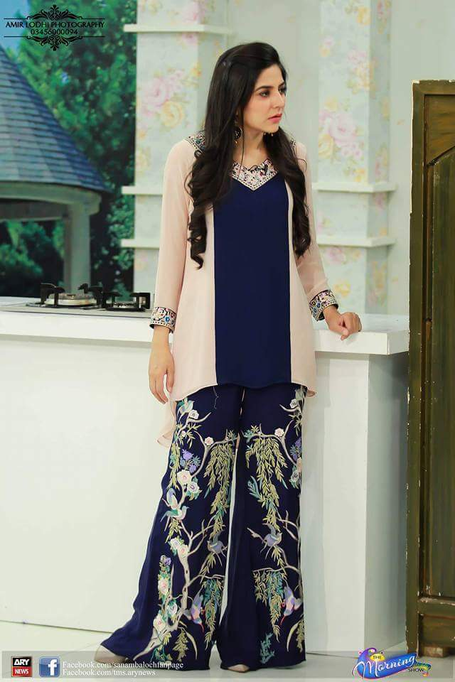 FB_IMG_1479835527371 Kurtis With Palazzo Pants-18 Ways to Wear Palazzo with Kurtis