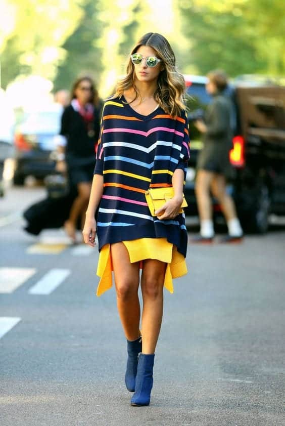 Go-multicolored Outfits with Striped Sweater-23 Ways to Wear Sweaters with Stripes