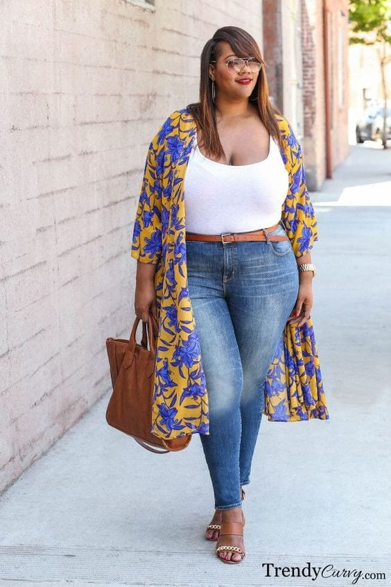 Spring-look-with-leggings-for-plus-size Legging Outfits for Plus Size-10 Ways to Wear Leggings if Curvy