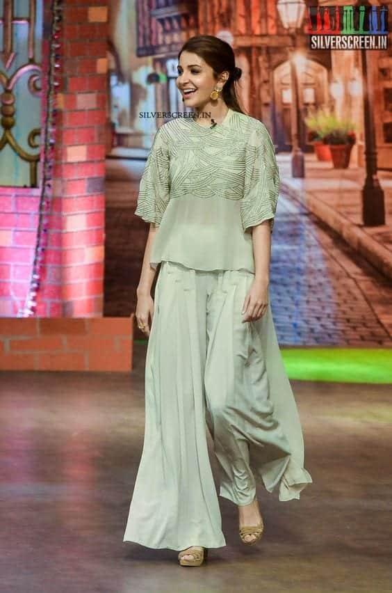 b010f39ab5ce1c1f70ec7dd474535da8 Indian Celebrities in Palazzo Pants-19 Ways to Wear Palazzo Like Them