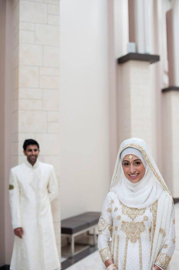 dress-679x1024 Maang Tikka With Hijab – 17 Ways To Wear Hijab With Maatha Patti