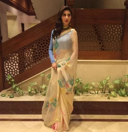 how to wear saree to look tall
